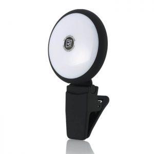 Remax Twilight Selfie