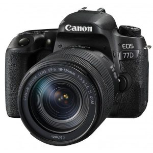 Canon EOS 77D kit (18-135mm)
