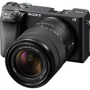 Sony Alpha a6400 f/3.5-5.6